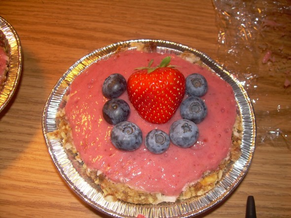 All raw strawberry pie